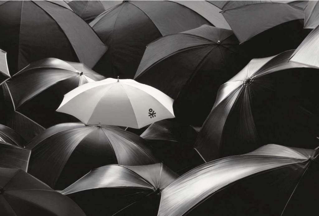 Frangov logo on an umbrella